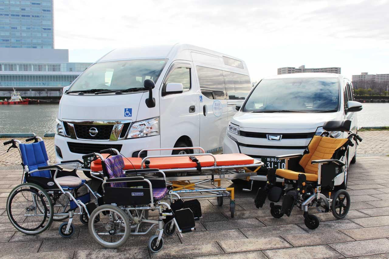 車椅子とストレッチャー各種